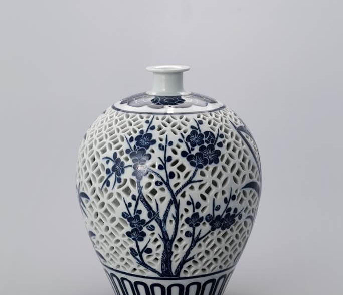 Icheon Potters Association Of Korea Exhibition Crafted
